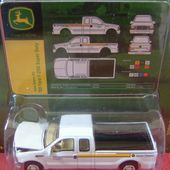 FORD F-250 SUPER DUTY 2000 PICK-UP F250 JOHN DEERE JOHNNY LIGHTNING - car-collector.net