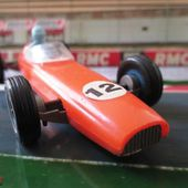 F1 BRM 1/36 FABRICATION CLE FORMULE 1 EN PLASTIQUE - car-collector.net