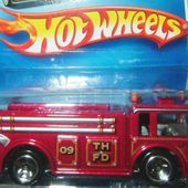 FIRE EATER HOT WHEELS 1/64 - CAMION DE POMPIERS US - CATEGORIE HOT WHEELS - car-collector