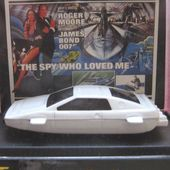 LOTUS ESPRIT 1/64 JAMES BOND L' ESPION QUI M' AIMAIT ROGER MOORE - car-collector.net