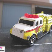 INTERNATIONAL PUMPER MATCHBOX 1/100 - car-collector.net