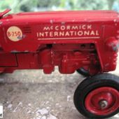 TRACTEUR MC CORMICK B250 MATCHBOX SERIES KING SIZE - car-collector.net