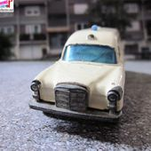 MERCEDES BREAK AMBULANCE MATCHBOX LESNEY - car-collector.net