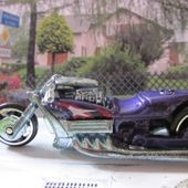 AIRY 8 MOTO HOT WHEELS 1/64 - car-collector.net