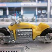 DODGE TOMAHAWK MOTO HOT WHEELS 1/64 - car-collector