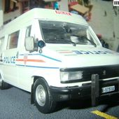 FASCICULE N°35 FOURGON PEUGEOT J5 1981 POLICE NATIONALE CRS 1/43 NOREV - car-collector.net