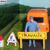 FASCICULE N°47 DIORAMA RENAULT 4 R4 FOURGONNETTE - TRAVAUX ROUTIERS MACON - - car-collector.net