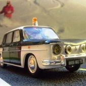 RENAULT 8 R8 POLICE LES MINIATURES DE NOREV - COLLECTION - car-collector.net