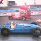 VOITURE DE COURSE TALBOT LAGO 1952 DINKY TOYS 1/43 - RACING CAR MECCANO - car-collector