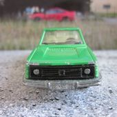 VOLVO 245 DL BREAK MAJORETTE + OFFICIELS TOUR DE FRANCE - car-collector.net