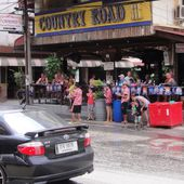 Songkran 2554 - C'est parti ! - Le billet de Michel