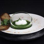 Soupe de pourpier et espuma de noisettes fumées - Philou - Un Cuisinier chez Vous