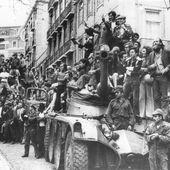 """Il y a 40 ans : La """"révolution des œillets"""" - frico-racing-passion moto"""