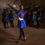 En plein coeur d'un immense bidonville, une école de danse classique... Des photos de toute beauté. | Afrique: Histoire , Art et Culture