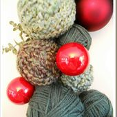 Recaptured Charm: Holiday Yarn Wreath