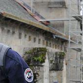 Peine de mort pour les djihadistes - Le 24 novembre 2014, Le Pen père réclamait la peine de mort pour Maxime Hauchard. Nous avions relayé l'emballement politique (fictif) qui en avait découlé... Voici la suite.