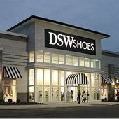 Discount shoe retailer gets Canadian foothold