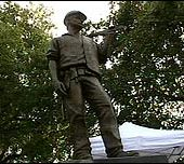 BBC NEWS | UK | England | London | Bronze memorial for dead workers