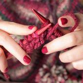7 avantages à tricoter pour votre santé - Nos Pensées