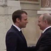 Les images de l'arrivée de Poutine, reçu par Macron à Versailles