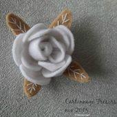 Des fleurs avec les restes de feutrine