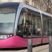 Pieds sur un siège du tramway : 150 € d'amende