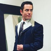"""Yannick Bisson: Murdoch Mysteries has a """"big place in my heart"""" - Vision TV Channel Canada"""