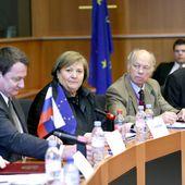 'Stop TTIP' activists hand EU 3mn signatures