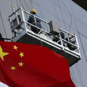 China Growth Slows&#x3B; Revival Policies Appear to Gain Traction