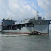 """L'USS Ponce remplacé par le """"Expeditionary Sea Base USS Lewis B. Puller"""""""