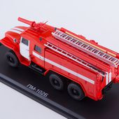 SSM1232 Fire engine AC-40 (URaL-43202), white stripes * SSM