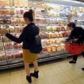 France becomes first country to force all supermarkets to give unsold food to needy