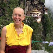 A city banker who gave it all up to become a Buddhist nun has some important advice for you