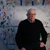 Ellsworth Kelly, an Artist Who Mixed Abstract With Simplicity, Dies at 92