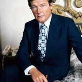 Roger Moore - Wikipédia