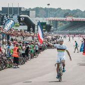 Julien Guay vainqueur au sprint et un triplé du S1neo Team Connect - 24 Heures Vélo