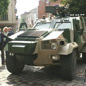 KMDB of Ukraine has presented the latest version of the Dozor B 4x4 armoured personnel carrier 11507151 | July 2015 Global Defense Security news UK | Defense Security global news industry army 2015
