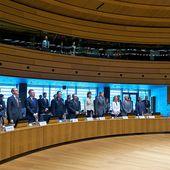 Il faut traduire nos minutes de silences en actes (Mogherini)