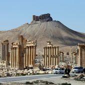 Faut-il reconstruire Palmyre ?