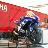 PHOTOS COURSES DE SUPERBIKE, SUPERSPORT ET SUPERSTOCK A NEVERS - car-collector