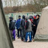 Les migrants de Calais victimes de violences policières, selon Human Rights Watch