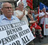 Ex-Waterford Crystal workers vote for pension deal