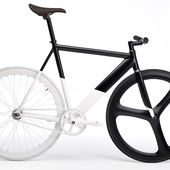Black & White Fixie par eltipo graphic pour Pinkeye studio - Journal du Design