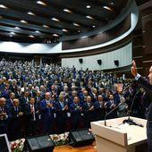 Après que Trump a promis d'armer les Kurdes syriens, la prochaine étape, c'est Erdogan, par Anne Barnard et Patrick Kingsley