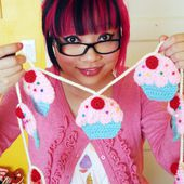 How to...Crochet Your Own Cupcake Garland (DIY Tutorial by Twinkie Chan) + Giveaway!