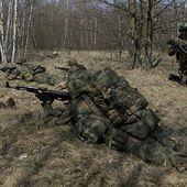 Face à la menace russe, les Polonais s'entraînent activement à la guerre