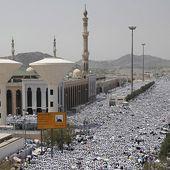 Une autorité religieuse saoudienne accuse des pèlerins africains d'être à l'origine de la bousculade à la Mecque | Slate Afrique