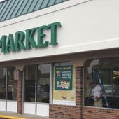 Report: Whole Foods, Trader Joe's Cultivate Image As Must-Visit Health Food Destinations