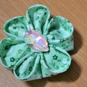 How to Make Fabric Kanzashi Flowers