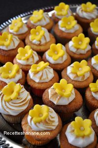 re: mignardises: Mini cupcakes au citron